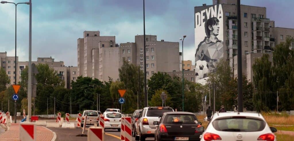 Eko mural legendarnego Kazimierza Deyny. Jest namalowany farbami KNOxOUT